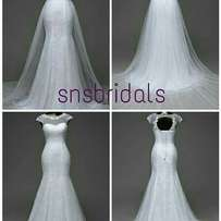Mermaid gown with removable skirt