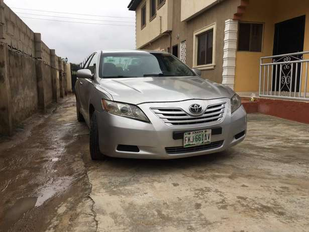 Clean Registered 2007 Toyota Camry Lagos Mainland - image 1