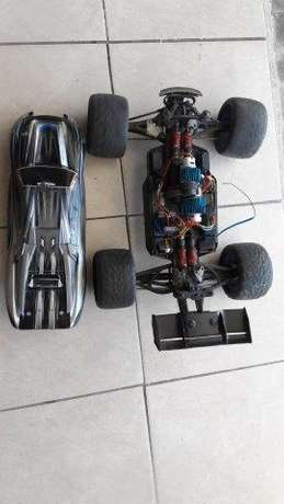 Trexxes E Revo Elctrical battery racing car George - image 1