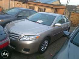 Toyota Camry 2010 Tons Clean