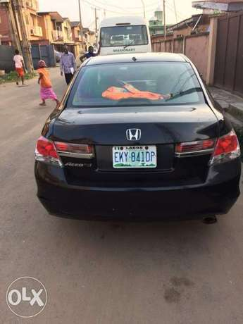 Registered Honda accord 2009 upgraded to 2011 Surulere - image 2