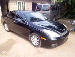 Super Clean Lexus ES 330 at a give away price