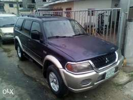 First body 2002 Montero Sport wit Chilling A.C