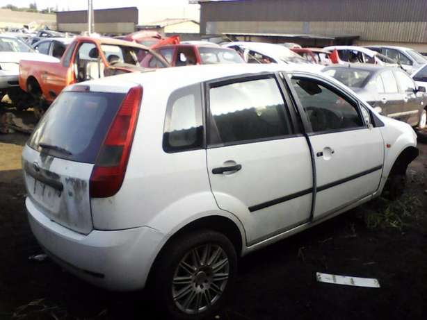 '05 Ford Fiesta 1.4 arrived today. We're stripping for parts! Empangeni - image 4