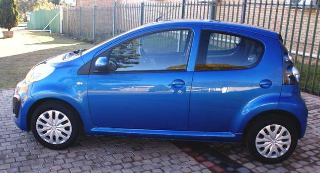 Citroen C1 1.0 EGS Seduction Auto Roodepoort - image 8