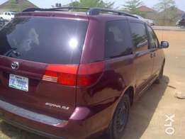2004/05 Toyota Sienna UP FOR GRABS!