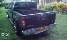 Pick up double cab Nissan Navara.