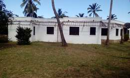1 Acre Land and Villa for sale in Malindi