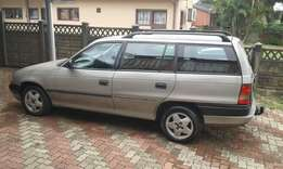 I'm selling an opel astra estate it needs work for 10000.00 as is