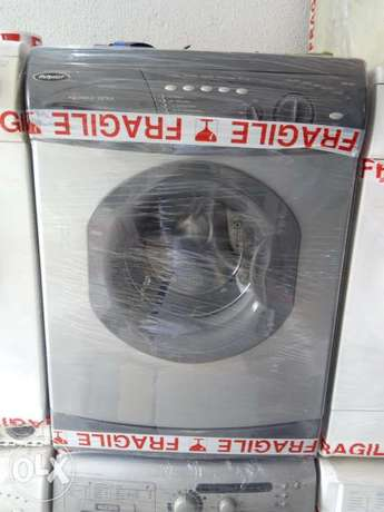 Hotpoint washing and spin 7kg with one year warranty. Surulere - image 1
