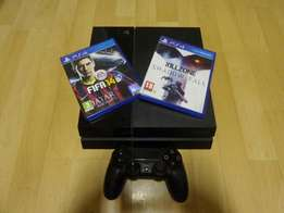 Ps4 500gb with 1 remote 2 games