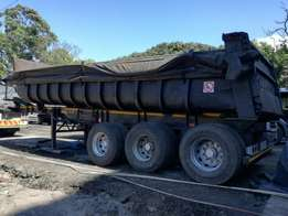 Hendred tri axle end tipper trailer