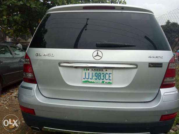 Excellent 2007 Mercedes Benz GL-450 4matic Surulere - image 2