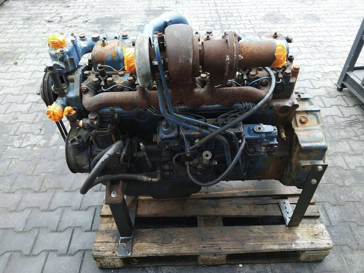 Allison 6-cylindrowy Turbo ze skrzynią 836322165 Engine with Turbo
