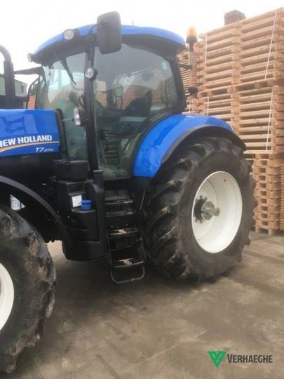 New Holland t7 270 ac - 2012 - image 2