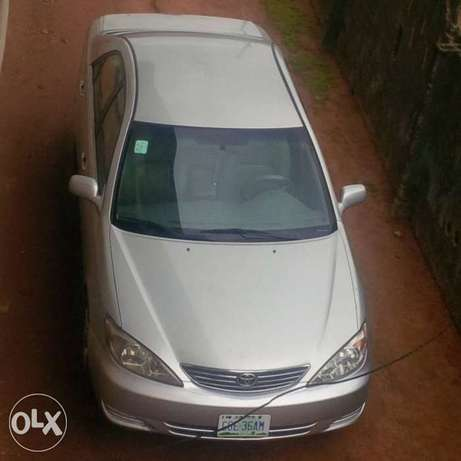 Neatly Used Toyota Camry 05 model Lagos Mainland - image 1