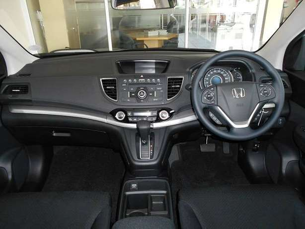 2015 Honda CRV 2.0 Comfort A/T with low milage Kosmos - image 5