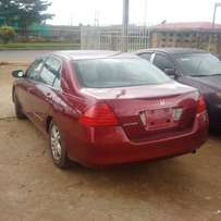 Sharp toks 07 Honda accord v4 wine colour