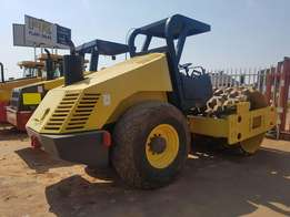 2002 Bomag Padfoot roller