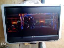 37 inches LG LCD TV. Direct Tokunbo from Alaba