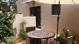 2 bedroom cottage available to rent in mondeor rental R3,500