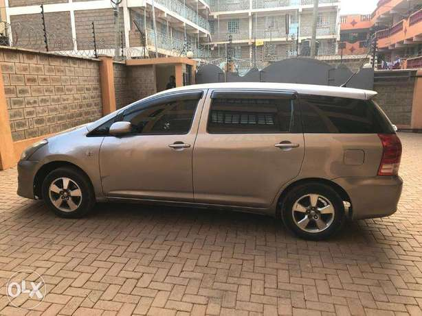 Gently used Toyota Wish Parklands - image 4