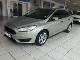 Ford Focus 1.0 Ecoboost AMB Auto