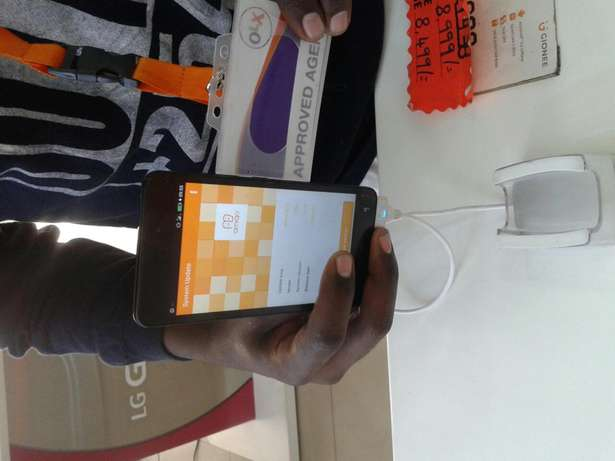 Gionee p2 smartphone VERIFIED by Olx agent for sale quick Nairobi CBD - image 2