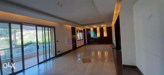 A decorated 300 m2 apartment + 200 m2 terrace for sale in Naccache