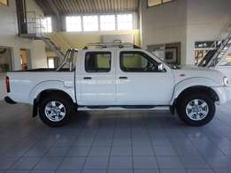 Brand New Nissan NP300 2.4 4x2 double cab