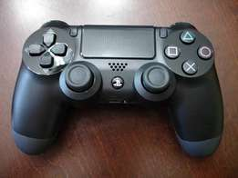 Ps4 controller for R499 retailing R1200