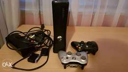 Xbox 360 with 11 cool games