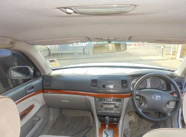 toyota mark 2 clean with extreem neat interior accident free ride Karen - image 4