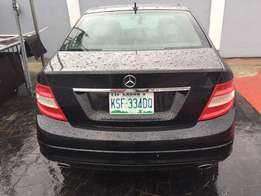Less than a year used 2009 Mercedes Benz C300 with perfect condition