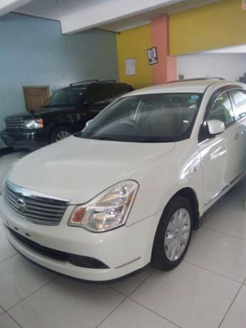 Nissan Bluebird Hire Purchase Terms Available Mombasa Island - image 1