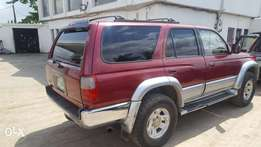 Super clean 1998 Toyota 4runner 4WD for sale