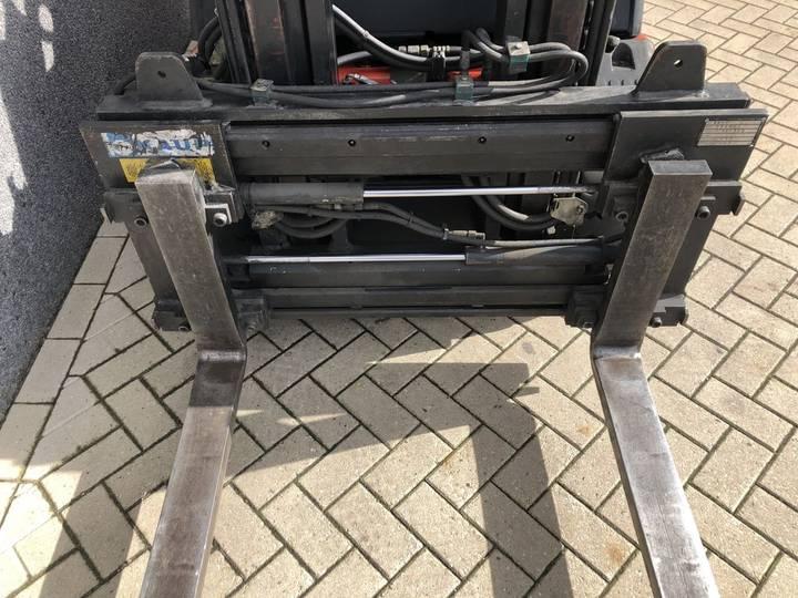 heftruck LINDE E25-02 duplo455 sideshift forkpositioner... - 2000 - image 9