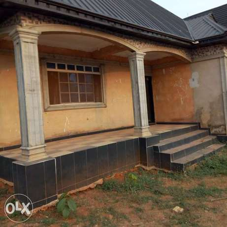 A 5bedroom bungalow,with pop on a 50ft by 100ft for sale Moudi - image 2