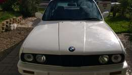 88 BMW 325i in excellent running condition papers in order original