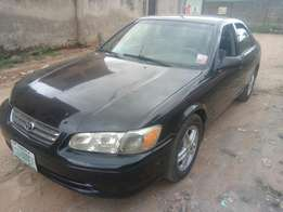 Clean Toyota Camry Drop light