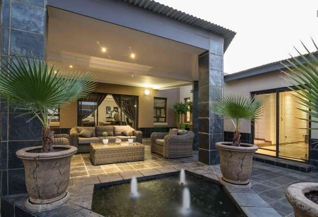 A Life Of Style, Entertainment And Tranquillity Zwaveldspoort - image 2