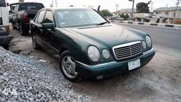 Strong And Rugged Nig Used 1996 Mercedes Benz E420 With Auto Leather