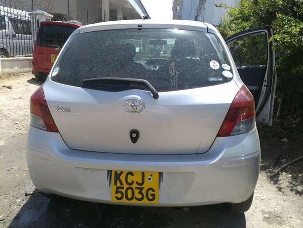 Quick Sale : Toyota Vitz 1300CC for Sale ! Ruiru - image 2