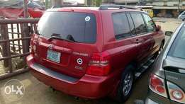 Very Clean Registered 04 Toyota Highlander