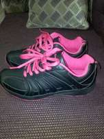 New Champion ladies sneakers size 40