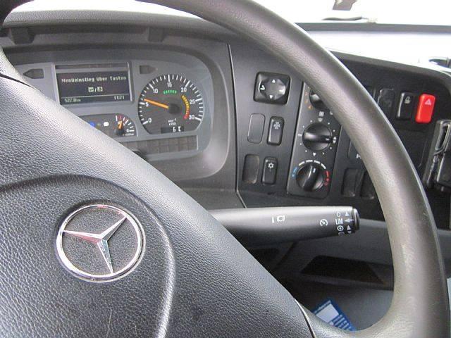 Mercedes-Benz 824 Atego Pritsche Plane 1. Hand Klima AHK - 2010 - image 11