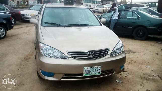 Direct 2005 Toyota Camry available for sell Warri South - image 1