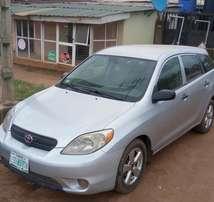 Toyota matrix 2004 very clean and sharp