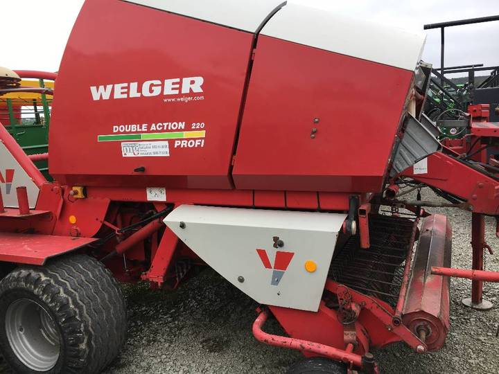 Welger Double Action 220 - 2004
