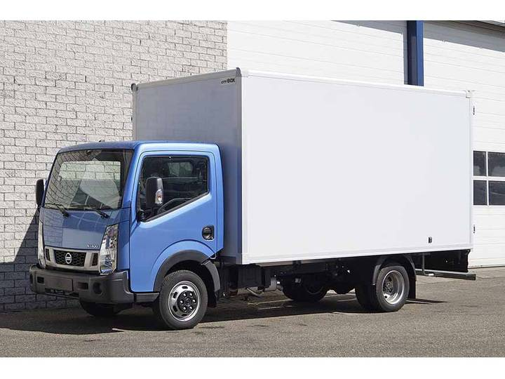 Nissan CABSTAR NT400 4X2 CLOSED BOX TRUCK